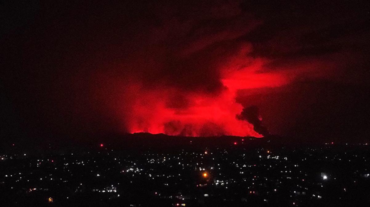 Kongo'daki yanardağ patladı! 3 bin 500 kişi Ruanda'ya kaçtı