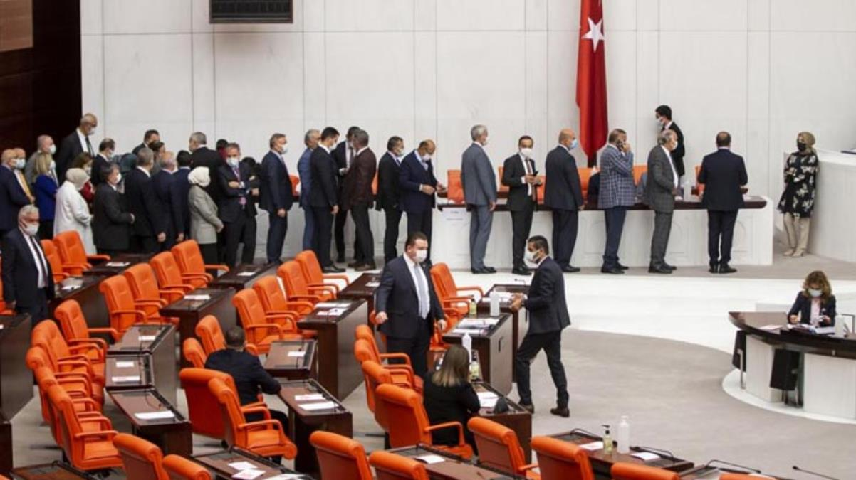 Meclis'te Hakimler Savcılar Kurulu'nun 7 yeni üyesi seçildi