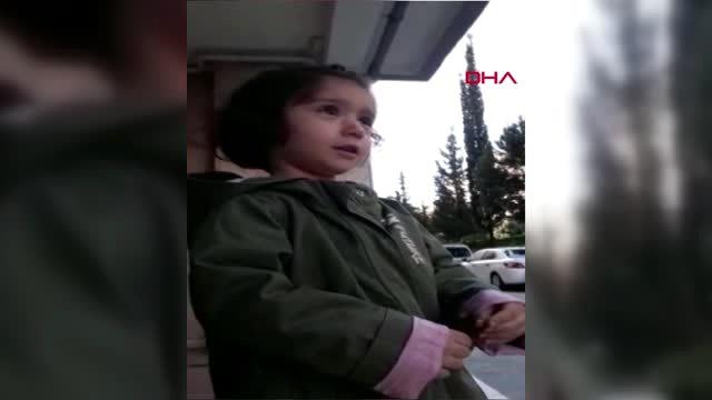 Minik Elif Zümra'nın sağlıkçı babasına sarılma isteği duygulandırdı