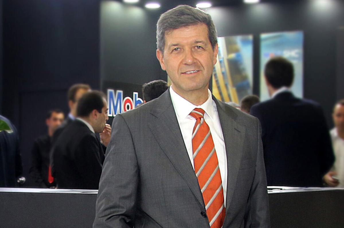 Mobil Oil Türk'ten hibrit araçlara özel motor yağı